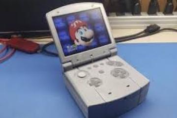 Fan crea un Nintendo 64 portátil
