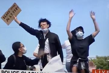 Famosos protestan en las calles por la muerte de George Floyd