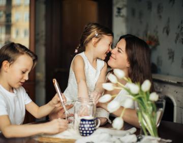 6 formas en que los padres pueden ayudar a sus hijos durante el...