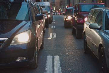 Aumenta tráfico vehicular y peatonal en Tijuana mientras está en...