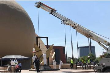 Retiran escultura de las Alas ubicada en el Cecut