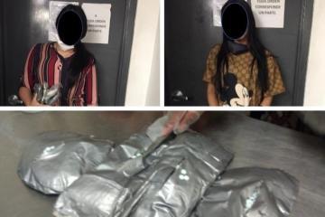 Detienen a dos mujeres rumbo a Tijuana con casi 20 mil pastillas de...