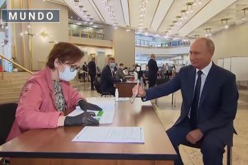 """Gana Putin """"votación popular"""" y se queda hasta el 2036"""