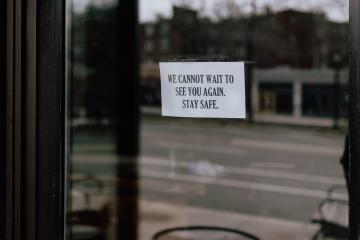 Bares, restaurantes y otros negocios volverán a cerrar en estos...