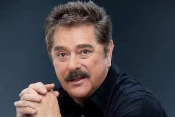 Fallece por Covid-19 el actor Raymundo Capetillo