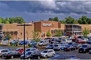 Walmart vuelve obligatorio el uso de cubrebocas en tiendas de...