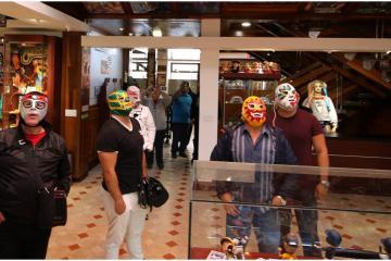 Museo de Lucha Libre Mexicana en Tijuana invitado en panel de...