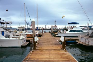 Marina de México rescata a 3 estadounidenses en Ensenada