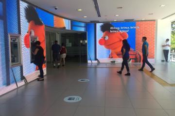 Beto y Enrique son parte de la publicidad de BBVA en Zona Río...