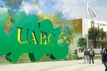 "Alumnos de UABC exigen sanción a profesor que dijo ""deberían..."
