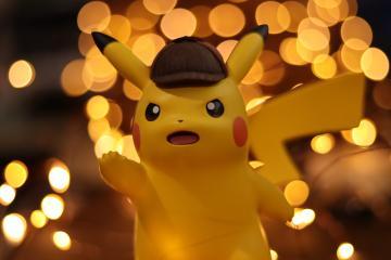 Fan paga más de 180 mil dólares por extraña carta de Pokémon