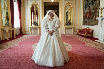 Lanzan nuevo tráiler de The Crown y así luce la princesa Diana