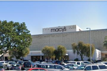 Macys will hire over 6,000 people for its 97 stores in California
