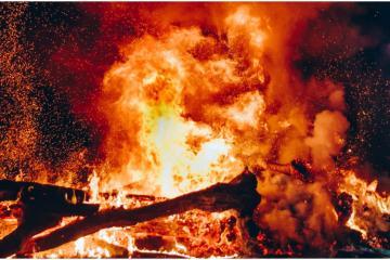 60 mil personas son evacuadas por incendio en California