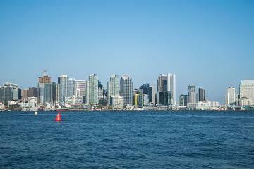 Condado de San Diego se aleja del Nivel Púrpura o el más restrictivo