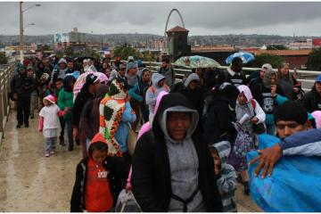 New migrant caravan leaves Honduras for the United States
