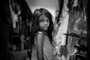Estados Unidos: 611 niños migrantes siguen separados de sus padres...