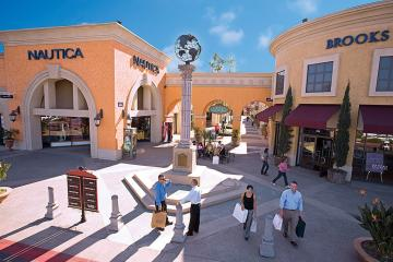 The best brands in Plaza Las Americas have up to 70% discount