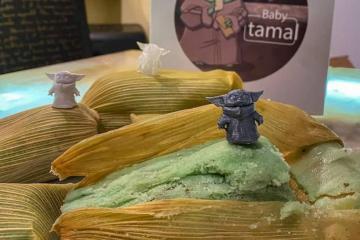 Venden tamales inspirados en Baby Yoda para Día de la Candelaria