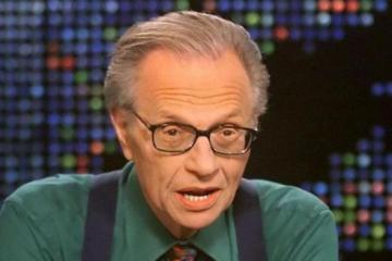 Fallece el presentador Larry King por Covid-19