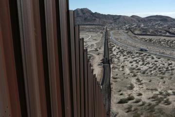 La construcción del muro fronterizo México- Estados Unidos se...