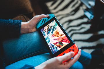 Hombre construye el Nintendo Switch más grande del mundo para...