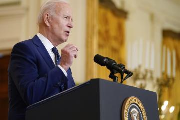 Joe Biden: EEUU no está en condiciones para mandar vacunas...