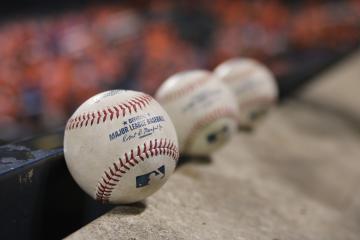 ¿Béisbol el deporte de moda?; Una novena de libros