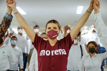 Maestros de Baja California brindan su apoyo a la candidata Marina...