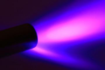 Mexicanos desarrollan luz ultravioleta que elimina el covid-19 en...