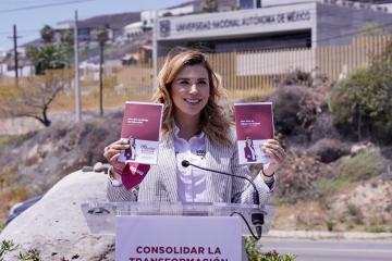 Marina del Pilar se compromete a transformar la educación en Baja...