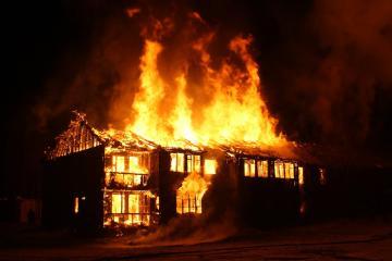 Dos niños fallecen por incendio en casa de Chula Vista