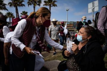 Jefas de familia serán apoyadas económicamente: Marina del Pilar