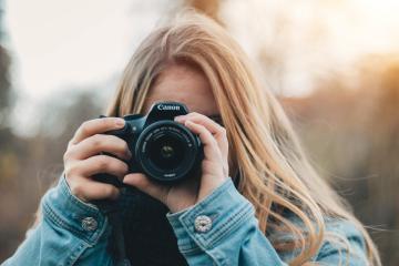 Buscan fotógrafo para viajar en EEUU con sueldo de 10 mil dólares