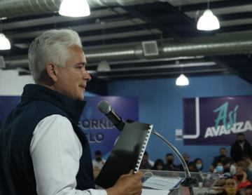 Busca Jorge Ramos prevenir adicciones con la educación
