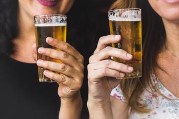 Estudio revela que beber cualquier cantidad de alcohol daña al...
