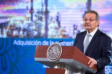Refinería comprada por Pemex tiene deuda de 980 millones de dólares