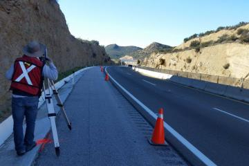 Ayuntamiento de Tijuana comienza la reconstrucción de la carretera...