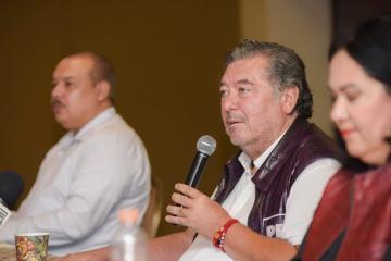 Líder de Morena apoya a Jorge Hank Rhon en su campaña por Baja...