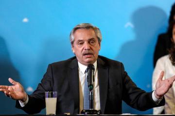 """Presidente de Argentina se disculpa por """"expresiones ofensivas""""..."""