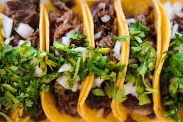 Sucursal Tacos El Gordo cierra temporalmente en San Diego por falta...