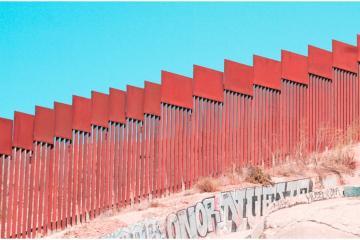 Texas anuncia que construirá su propio muro fronterizo