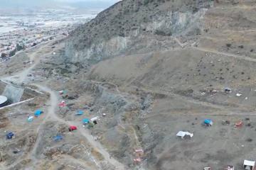 Invaden el cerro de Las Abejas alrededor de 200 familias
