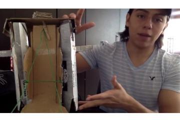 Estudiantes mexicanos crean bastón con cartón reciclado para...