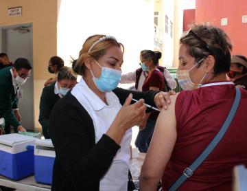 Anuncian fechas para recibir segunda dosis de AstraZeneca en Baja...