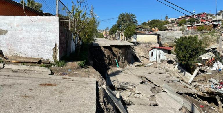 Protección Civil señala que no en todos los terrenos habitables...