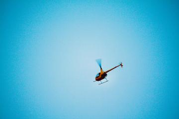 Se estrella helicóptero con 4 pasajeros en California