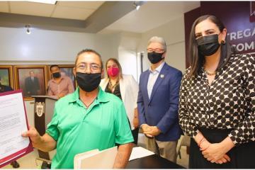 Gobierno de Tijuana otorga créditos a micro y pequeños empresarios