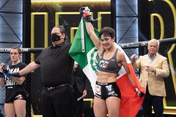 Luchadora de Rosarito gana Torneo Femenil internacional de MMA