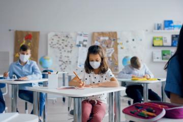 Contagios en niños aumentarán tras regreso a clases presenciales